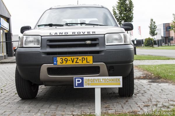 Stickers t.b.v. parkeerbordjes HBB Geveltechniek